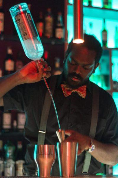 Bartender's-life-Intervista-a-Morris-Mau_acrimoniamagazine3-682x1024